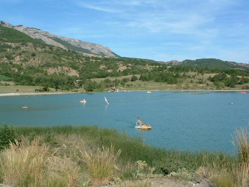 Various watersport activities at the lake of Riou...